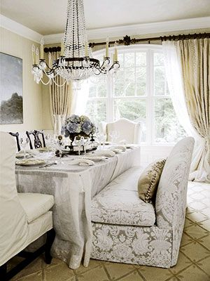 Beautiful dining table with a couch for seating- I've wanted something similar for years!!! Maybe I can do in formal dining room?  #Home #DiningRoom ༺༺  ❤ ℭƘ ༻༻