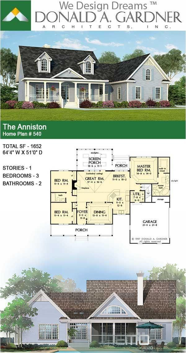 May 15 2020 A Classic Country Exterior Enriches The Appearance Of This Small Home Plan While Its Fr Dream House Plans House Plans Farmhouse New House Plans