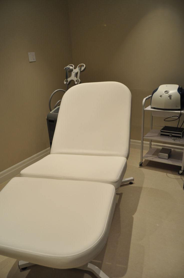 """Cutera lasers & medical aestheticians provide the ultimate in laser hair removal, acne, Rosacea, scar removal, leg vein treatment, & anti-aging treatments. My favorite machine. My sister is certified aesthetician, worked for different plastic surgeons, have training/experience: this machine is not for sale to general public since using lasers without training is dangerous: Lasers can cut, burn & blind if not trained. -pinned from my sister Aimee (""""Kimmie"""")"""