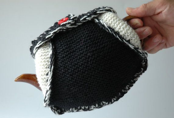 Knitted wool tea cosy double thickness in black by KororaCrafters