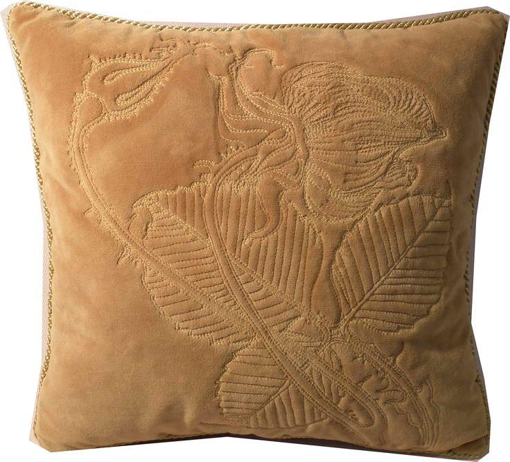 Unikatowa haftowana na welurze poduszka z kolekcji Wyspiański wg  rysunku Róża Wyspiańskiego. Wykonywana na zamówienie