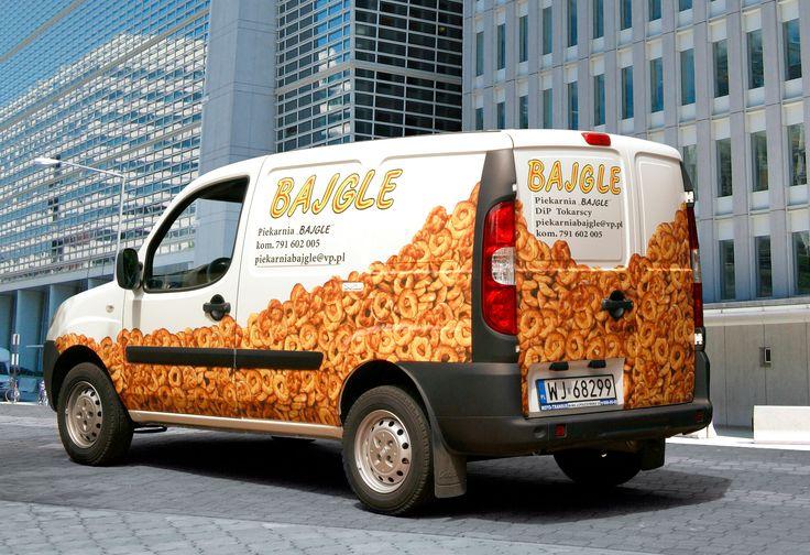 Estetycznie wykonana reklama na samochód ma duże szanse powodzenia. Zachęcamy do sprawdzenia naszej oferty w tym zakresie.