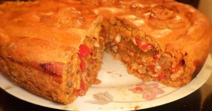 Fabulosa receta para Empanada gallega de caballa con masa saborizada depimentón dulce. una receta que tiene mas de 100 años en mi familia