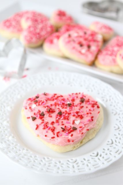Lofthouse Sugar Cookie Recipe on twopeasandtheirpo... Cut into hearts for Valentine's Day!