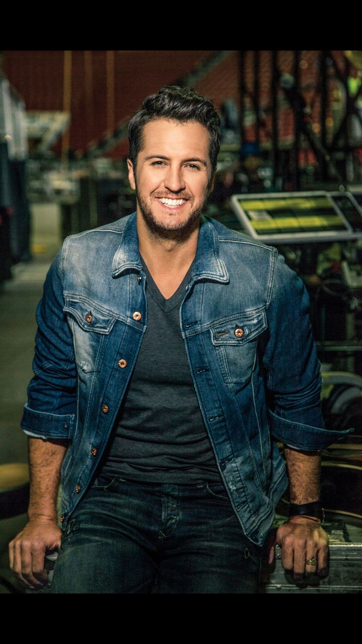 472 best celebrities i want to meet images on pinterest chicago the country artist luke bryan has announced a north american tour called the kill the lights tour for may to october m4hsunfo