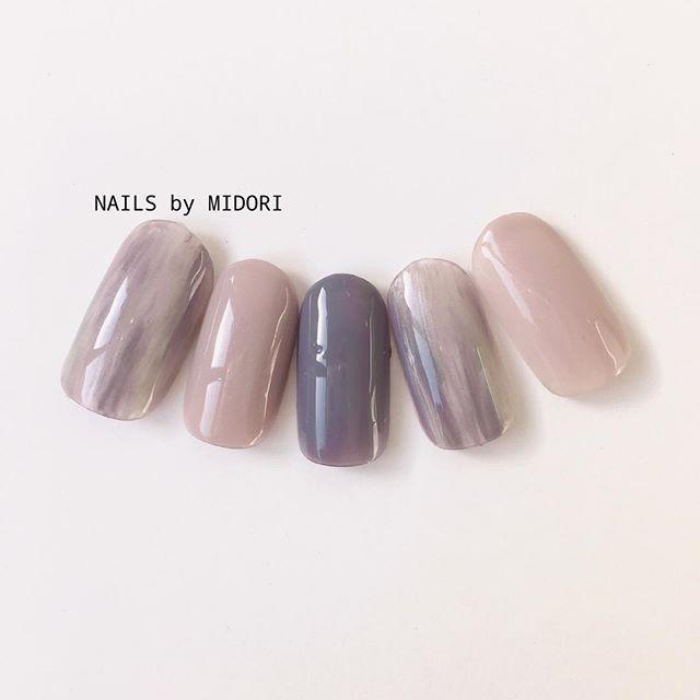 nails_by_midorismoke color #nail #nails #nailart #gelnail #tokyo #omotesando #instanail #japanesenail #manicure #art #fashion #girl #nailspic #ネイル #ネイルアート #ジェルネイル #ネイルデザイン #ネイルサロン #表参道 #表参道ネイルサロン #大人ネイル #シンプルネイル #グレージュ #スモーキーカラー