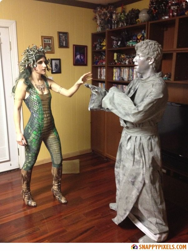 30 of the Most Clever DIY Halloween Costumes You Will Love - Snappy Pixels - Love Medusa and Man turned into stone!
