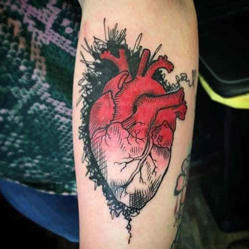 gerçek kalp dövmesi realistic heart tattoo