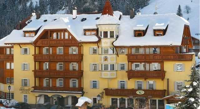 Hotel Corona Krone - 3 Star #Hotel - $264 - #Hotels #Italy #SelvadiValGardena http://www.justigo.com.au/hotels/italy/selva-di-val-gardena/corona-krone_160929.html