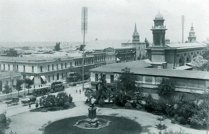 Plaza Benjamín Vicuña Mackenna. Santiago