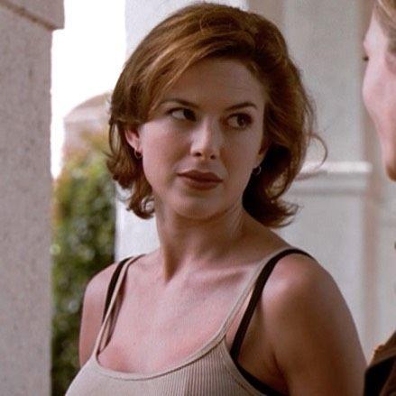 Maggie Beckett in the #Sliders episode #SoulSurvivors in 1997. #sliderstvshow #slidersdimension #kariwuhrer #maggiebeckett #summer #summertime #instasummer #scifi #zombie #tv #tvshow #bringbacksliders #sliderstv #sliderswomen