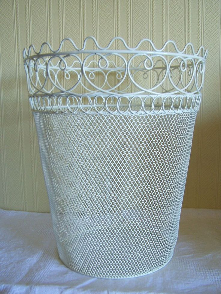 Heart vintage shabby chic cream metal waste paper bin bedroom pinterest heart metals and - Shabby chic wastebasket ...