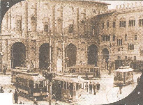 i tram in piazza garibaldi nel 1933, riprodotta dal retro di un biglietto della Tep.