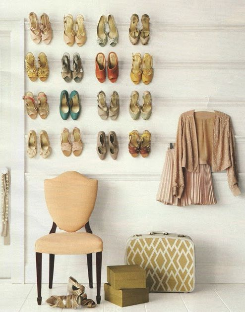 20 creative shoe storage ideas for small spaces hallway pinterest creative small rooms - Creative shoe rack designs ...