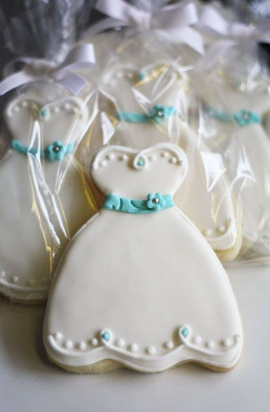 Decorated Cookies - Wedding Favors: Sending Your Guests Home with Cookies | A Wedding Cake Blog