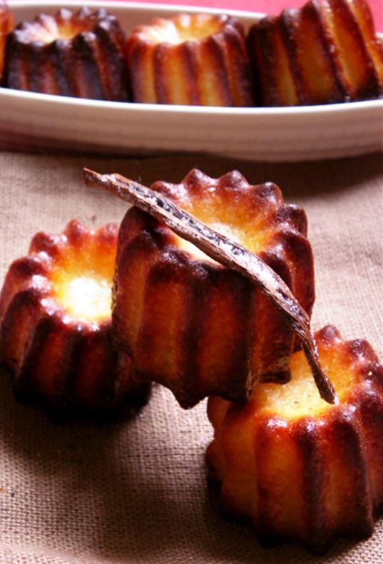 canneles de bordeaux recipe - perfect for the molds I just bought in Morocco!  Can't wait to make them!