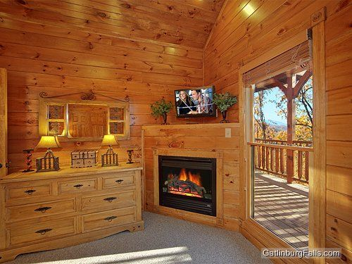 Gatlinburg Cabin   Waterfall Lodge   7 Bedroom