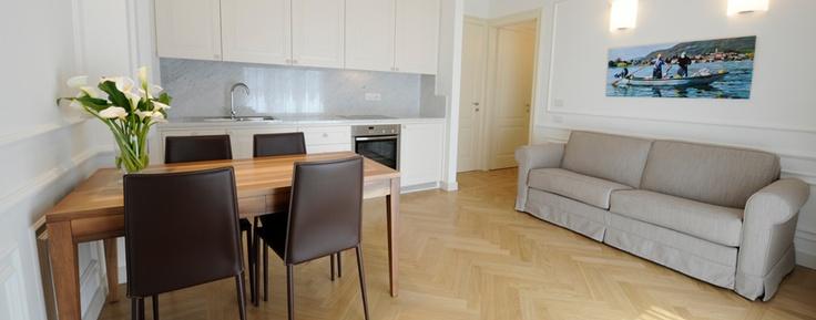 Il divano letto Legend di Tino Mariani arreda l'esclusivo BorgoLago suites di Iseo http://www.tinomariani.it/prodotti/divano-letto-legend.html