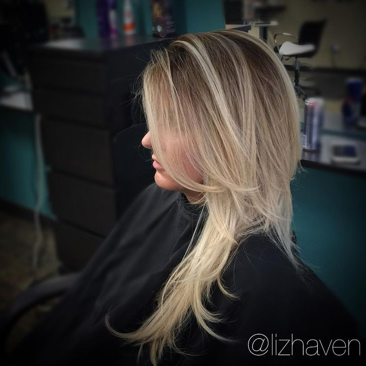 """lizhavenhair@gmail.com on Instagram: """"I love creating art! This is the result of a stretched root complimented by defined #balayage.  Hair is definitely a canvas.  #hairgame #hairnerd #haircut #btcpics #lpweeklydo #modernsalon #americansalon #goldwell #houstonhair #houstionia #houstonpress #lizhaven #lizhavenhair #hairbrained #paulmitchell #womensfashion #fashion #instahair #hairinspo"""""""