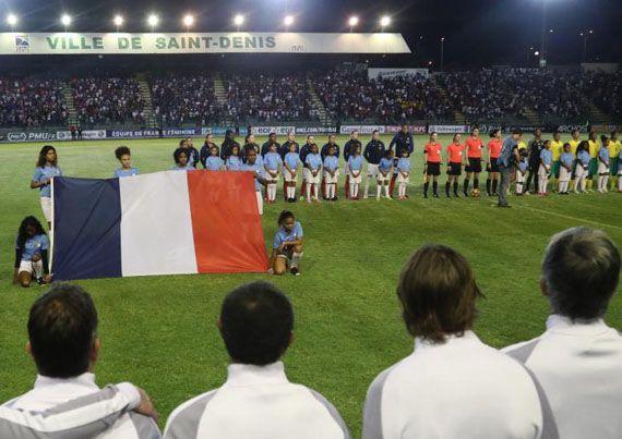 sportcampina: Brigadă românească la un meci în Insula Reunion!