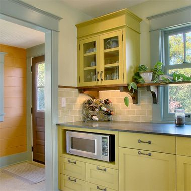10 stunning crown molding ideas the crowning touch - Kitchen Cabinet Trim Molding Ideas