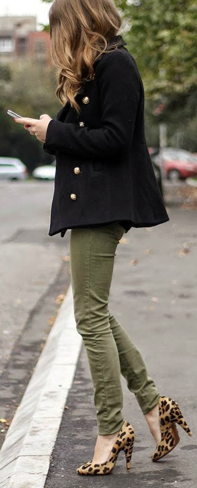 Street style khaki pants, button up coat and leopard prints heels