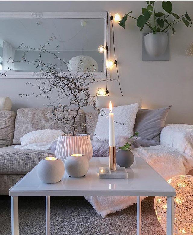 Love how cosy this looks ⭐️ Credit: @interiorbysarahstrath ⭐️