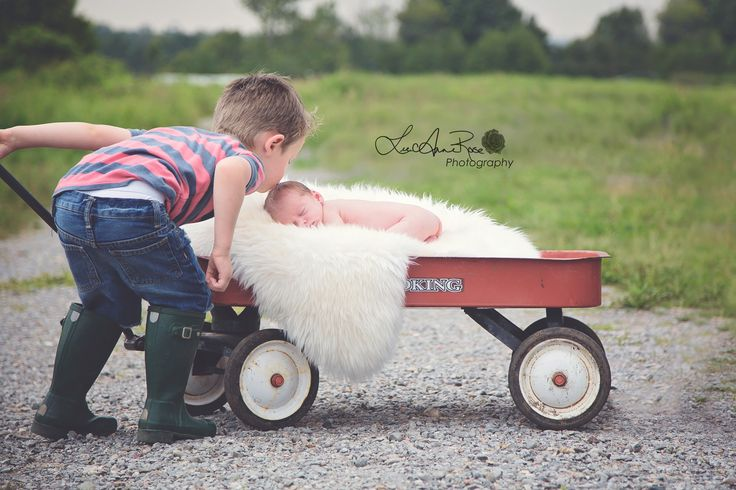 Newborn | Sibling | Photography | LeeAnne Rose Photography | Outdoor Session