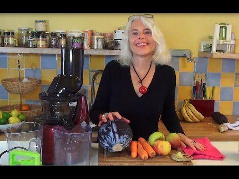 salade de chou rouge râpé + courgette râpée, sauce 2 mangues ou 2 kakis + 1/2 avocat + 1 citron pressé | Crudivegan, la santé et l'énergie !
