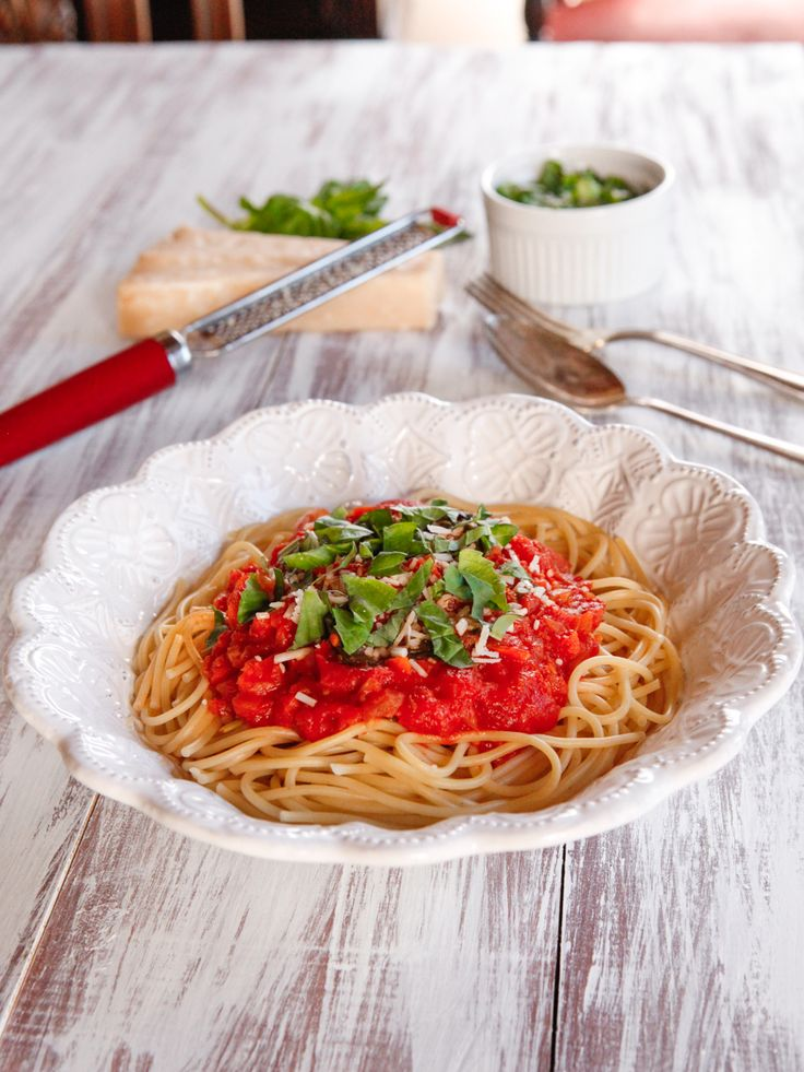 Learn about the childhood of Audrey Hepburn and try her favorite recipe, Spaghetti al Pomodoro, which she learned while living in Italy.