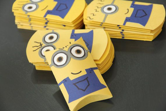 Minion pillow boxes set of four by RoyGBivs on Etsy, $5.50