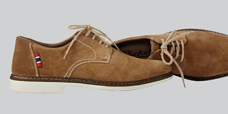 Miesten kengät mokkanahkaa 69 €, Nilson Shoes, 2. krs.
