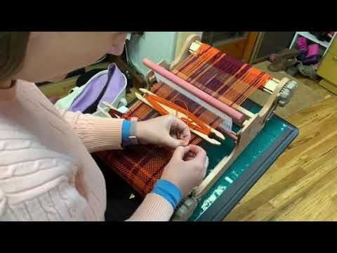 (2) Invisible Weft Color Change – YouTube – www.yo…