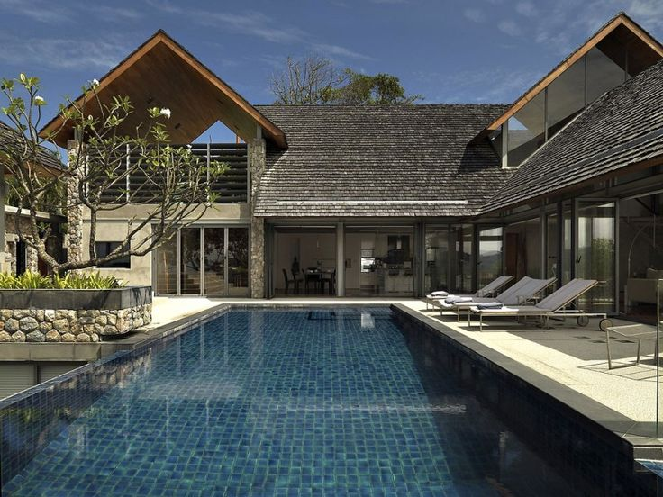 Beautiful Ocean Front House in Phuket  http://www.homedsgn.com/2012/03/24/beautiful-ocean-front-house-in-phuket/