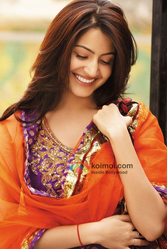 Anushka Sharma in Band Baaja Baaraat Movie