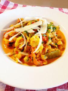Thaise curry met bloemkool en rijst