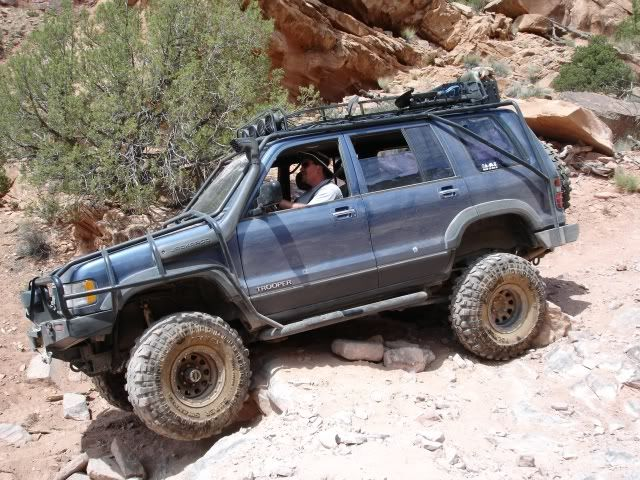 Isuzu Trooper Expedition – mechaniker