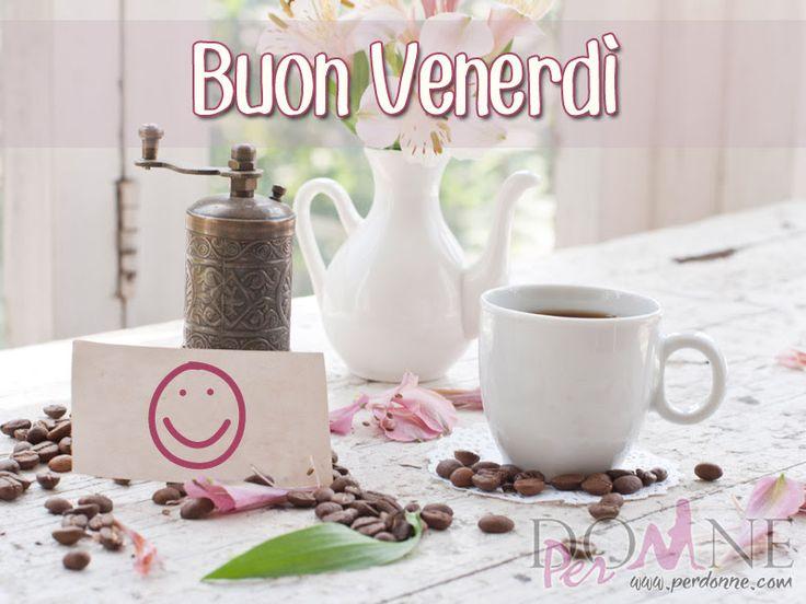 5 buon venerdì immagine con frase aforisma tazza caffè fiori vaso