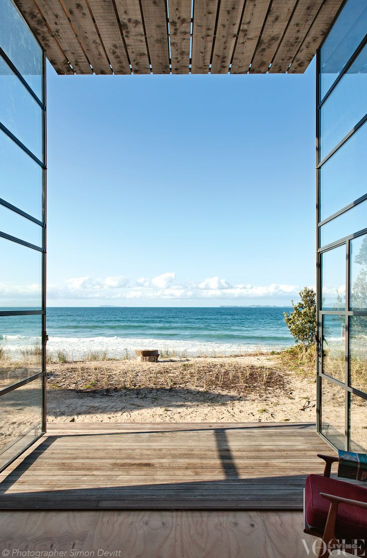 The beautiful ocean view from this award-winning holiday home at New Zealand's Coromandel Peninsula.  Photograph by Simon Devitt.