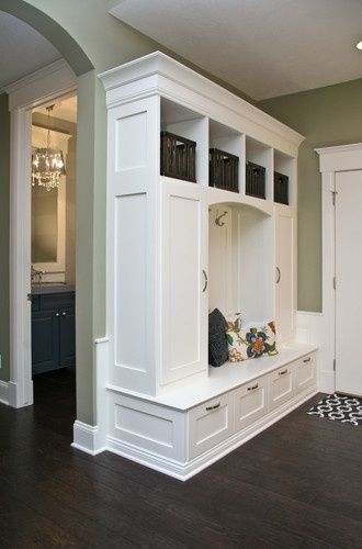 Built-in Lockers - traditional - entry - grand rapids - Visbeen ...