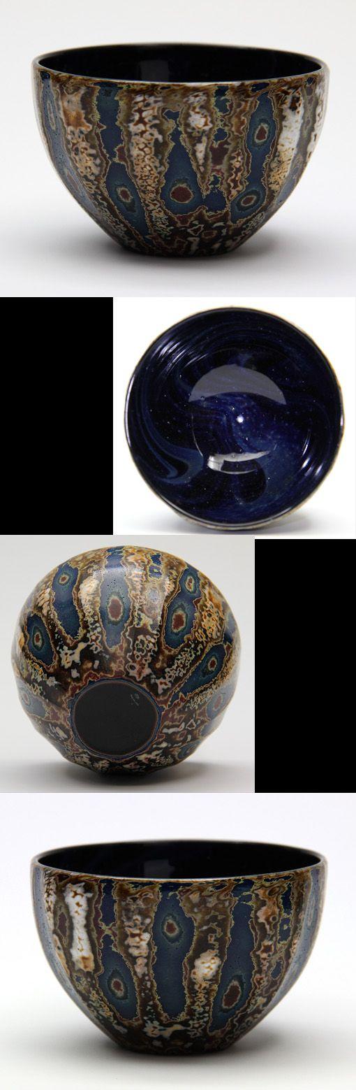 ❼(2015.07)ぐいのみ 小林 裕之  1999 東京ガラス工芸研究所卒業 2001 京都市伏見区にGlass Studio Aatyを設立 12層に色を重ねて削り、模様を出しているそうです 見込みの白い点々は銀粉です (7.2×H4.8)