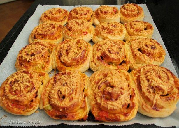 Pizzabroodjes, lekker voor bij een kop soep, of leuk voor een (kinder)feestje of bij een picknick.