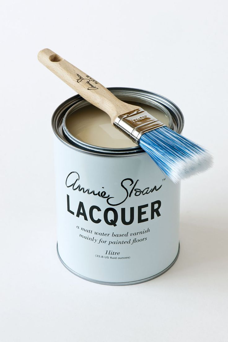 <p>Annie Sloan Lacquer is quick drying, non-toxic, has very little odour, and is non-yellowing. This strong water-based floor varnish is made specifically to cover Chalk Paint® ⎯ perfect for wood or concrete surfaces. It gives a beautiful matt finish with a slight sheen for added strength.</p> <p>Available in 1 litre tin.</p>