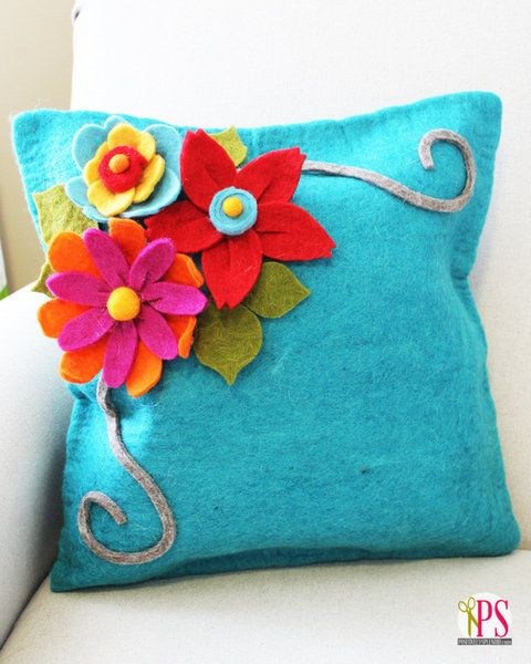 Felt Flower Pillow :: PositivelySplendid.com
