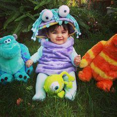 Another monster mash shot:)#diy #homemade #monstersinc #boo #costume #sully #mikewasowski #sanderson #Disney #disneycosplay #cosplay #babycosplay #halloweencostume