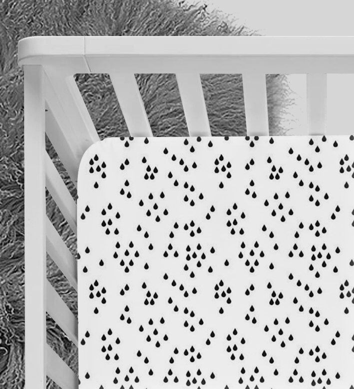 Black and White crib sheet, Modern Crib sheet, fitted crib sheet, monochrome, australia, european, raindrops, minimalist, scandinavian sheet by NoniandV on Etsy https://www.etsy.com/listing/501574298/black-and-white-crib-sheet-modern-crib
