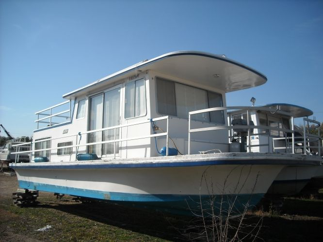 1981 36' Gibson Boats Houseboat for sale in Sabula, Iowa | All ...