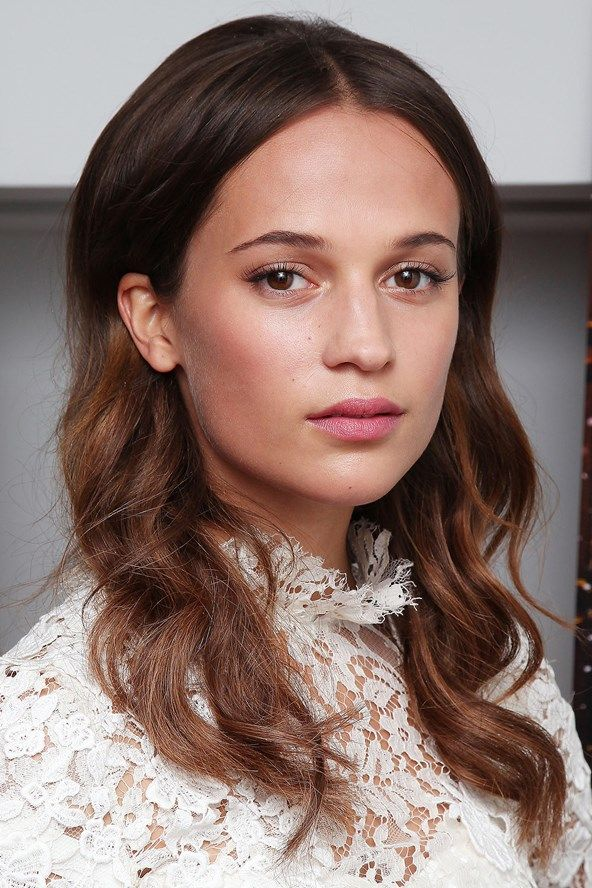 19 times Alicia Vikander's hair & makeup stole the show