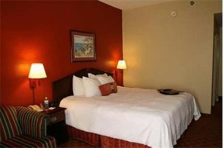 Hampton Inn Panama City/Panama City Mall - 3 Star Hotel - $96 - Hotels UnitedStatesofAmerica PanamaCity http://www.justigo.co.za/hotels/united-states-of-america/panama-city/hampton-inn-panama-city-panama-city-mall_94320.html