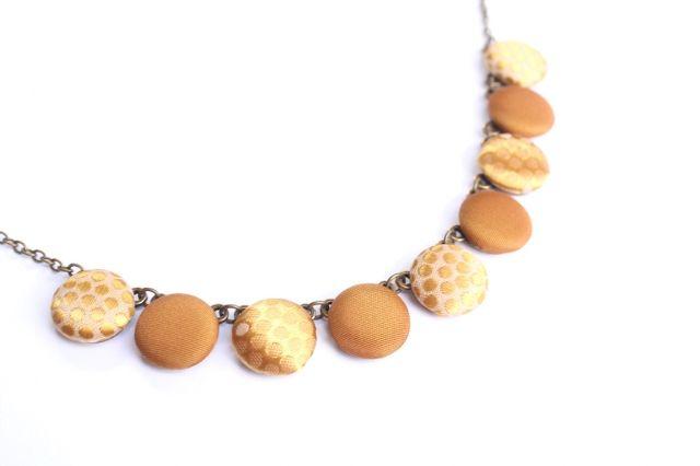 Arany szatén nyaklánc
